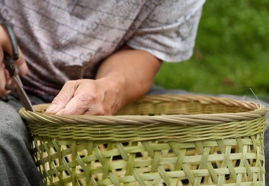 Anonymous Good Design: Daoming bamboo back basket
